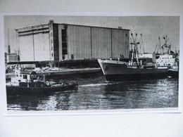 In Szczecin Port /   Tug /   Illustration Reproduction - Autres