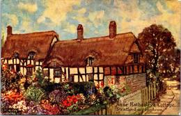 (5 A 17) Older Postcard - UK - Ann Hathaway Cottage - Stratford Upon Avon