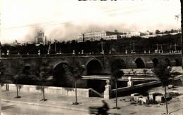 N°18996 Z -cpsm Madrid -Puente De Segovia- - Madrid