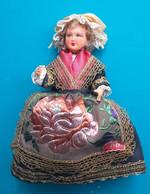 Poupee Folklorique En Costume Traditionnel D' AUVERGNE - Bambole