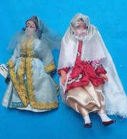 2 Poupées Folkloriques Orientales Dont Une Du Maroc Avec étiquette - Bambole