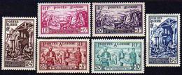 ALGERIE N° 319 / 24 X  Emis Au Profit Des Sinistrés D'Orléansville  Les 6 Valeurs  Trace De  Charnière Sinon TB - Unused Stamps