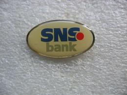 Pin's De La SNS Bank - Banks