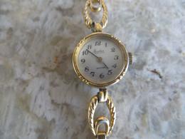 Montre Ancienne Femme Mécanique - Bracelet Chainette  Métal - Fonctionne - - Orologi Antichi