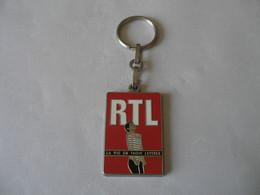 Porte-clefs Radio RTL LA VIE EN TROIS LETTRES - Llaveros