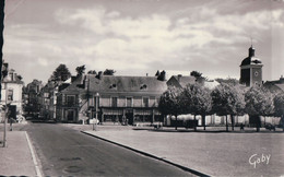 CHATEAU DU LOIR La Place Vers La Route De Tours ( 1966) - Chateau Du Loir