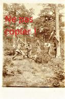 CARTE PHOTO ALLEMANDE - SIMULATION D'ATTAQUE A LOISON PRES DE A ROMAGNE ( SOUS LES COTES ) MEUSE - GUERRE 1914 1918 - Oorlog 1914-18