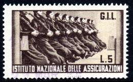 446.ITALY.WW II,FASCIST PERIOD,5 L.NATIONAL INSURANCE REVENUE,SOLDIERS,VERTICAL CREASE - Marcophilia