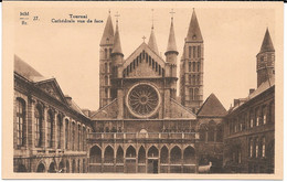 Cpa TOURNAI - Cathédrale Vue De Face . - Tournai