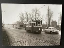 Photo Originale De J.BAZIN :Tramways De LILLE ( C.G.I.T./T.E.L.B) Lignes I (barré)P.I De Lomme - Rue Nationale   En 1959 - Trenes