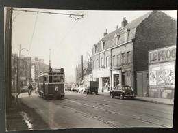 Photo Originale De J.BAZIN :Tramways De LILLE ( C.G.I.T./T.E.L.B) Lignes I (barré) Faubourg De Canteleu En 1959 - Trenes