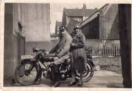 Altes Motorrad - Automobile