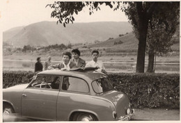 Lloyd Alexander - Automobile