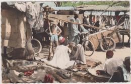 BOBO-DIOULASSO  Coiffeur Musulman Au Marché - Burkina Faso