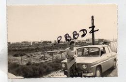 LOT 2 PHOTOS SNAPSHOT - VIEILLE AUTOMOBILE SIMCA 1000 PEUGEOT Et Sa CARAVANE - Immatriculée Dans L'AVEYRON - CAMPING - Automobile