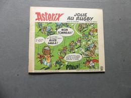 Astérix Joue Au Rugby  Offert Par Votre Station-service Elf - Sonstige Comic-Artikel