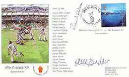 Great Britain 2000 Old England XI (v Bishops Cannings CC) Illustrated Cover With Special 'Cricket' Cancel, Signed By Der - 1991-2000 Dezimalausgaben