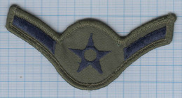 USA / Patch Abzeichen Parche Ecusson / United States Military Armed Forces Insignia, First Class A1C Rank. - Ecussons Tissu