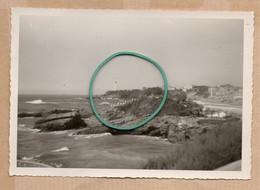 Dept 64 : ( Pyrénées Atlantiques ) Biarritz, Photo, Phare, Rocher, Mer, Maisons, Année 1965. - Andere