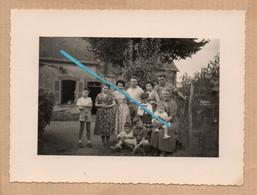 Dept 44 : ( Loire Atlantique ) Masserac, Photo, Maison, Cour, Arbres, Animée, Aout 1958. - Andere