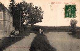 N°86212 -cpa La Cour Barrée -vue Sur L'Yonne- - Sonstige Gemeinden