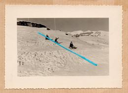 Dept 06 : ( Alpes Maritimes ) Valberg, Photo, Neige, Hiver, Piste De Luge, Montagne, Animée, Décembre 1957. - Andere