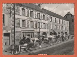 D48 - AUMONT AUBRAC - GRAND HÔTEL DE LA GARE PROPRIÉTAIRE R. PROUHEZE - CPSM Dentelée Grand Format En Noir Et Blanc - Aumont Aubrac
