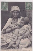 CPA- SCENES ET TYPES N° 6445- Femme Arabe Allaitant-tIMBRES - Scene & Tipi