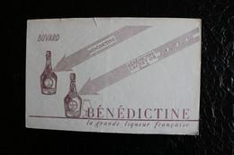 BU/3 - Buvard - Publicité - Bénédictine  La Grande Liqueur Française  /  22x14 Cm - Liquor & Beer