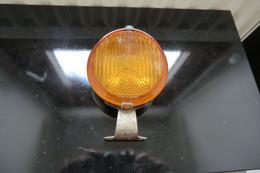 Ancien Feu Arrière Rouge CIBIE Pour Voitures Années 1930 1940 Pièce D'époque En Bon état Sans Ampoule - Cars