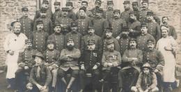 MILITARIA , Carte Photo Coupée , 22 Em Et 24 Em Régiment , Médailles , Scouts ? - Regimenten