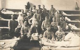 MILITARIA , Carte Photo , Infirmerie Militaire, Près Bordeaux ? , Tirailleur, Infirmière, Médecin, 1914 - Andere