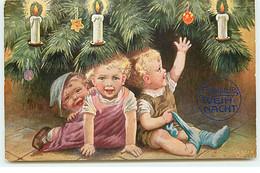 N°17676 - Herzliche Weihnacht  - Enfants Se Cachant Sous Un Sapin - Otros