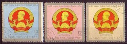 VIETNAM Du Nord - 1971 - Insignes Du President Ho Chi Minh - 1, 10, 120xu  Obl. Yv 714/16 - Viêt-Nam