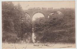 HIRSON (02- Aisne) Train Sur Le Viaduc - Hirson