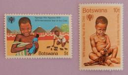"BOTSWANA YT 389/390 NEUFS**MNH ""ANNEE INTERNATIONALE DE L ENFANT"" ANNÉE 1979 - Botswana (1966-...)"
