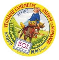 ETIQUETTE De FROMAGE. CAMEMBERT Fabriqué En NORMANDIE..Le Mignon Normand..ANDRO à PERCY (Manche 50) - Cheese