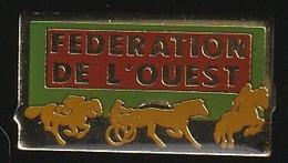 72896-Pin's.PMU.Turf.courses Hippique.équitation.Cheval. - Games