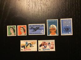 Australia Y&T 341/2 & 343/4 & 358 & 373/4  ** / MNH - Mint Stamps