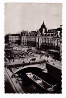 Jolie CPM Années 1950 Rennes, Palais Du Commerce, La Vilaine - Rennes