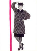 Foto Persfoto Photo - Mode Tuniek Tunique Saint Laurent - Photo JM Scialom - 1981 - Non Classificati