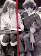 Foto Persfoto Photo - Mode - Jongen & Meisje - Terug Naar School - 1981 - Non Classificati