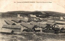 N°86482 -cpa Clermont Ferrand -camp De La Fontaine Du Berger- - Kazerne