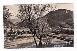 Jolie CPM 1950 Digne-les-Bains - Digne