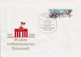 D FDC 3037 25 Jahre Antifaschistischer Schutzwall, Berlin 1085 - FDC: Briefe