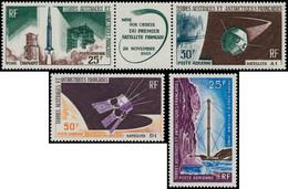 ** TERRES AUSTRALES - Poste Aérienne - 11A + 12/13: Satellites Et Communications - Unclassified
