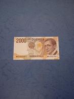 ITALIA-P115 2000L 1999 UNC - 2000 Lire