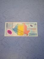ROMANIA-P111a 2000L 1999 UNC - Romania