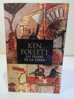 Els Pilars De La Terra. Ken Follet. Edicions 62 SA. 4a Edició 2009. 1371 Pàgines. - Romanzi