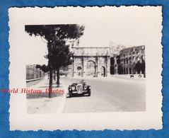 Photo Ancienne Snapshot - ROME / ROMA - Belle Automobile à Identifier - Arc De Constantin & Colisée - Auto - Automobili